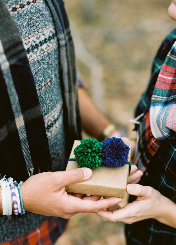 holiday engagement session ideas