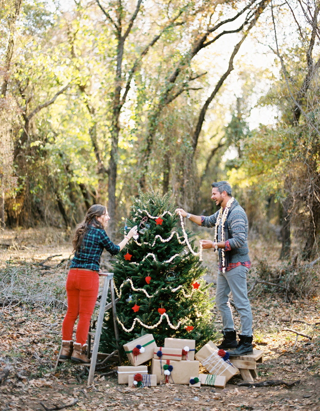 christmas engagement shoot ideas